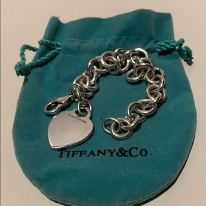 Tiffany & Co Authentic Iconic Heart Tag Bracelet